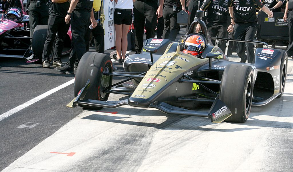 5T - Hinchcliffe in backup car going out to qualify.JPG