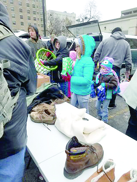 Mascoutah Christmas Parade 2020 Mascoutah 'Moms on a Mission' Member Making a Big Difference