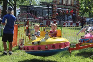 little boy and girl on ride 8778