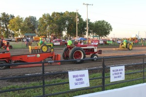 tractor pull 9565